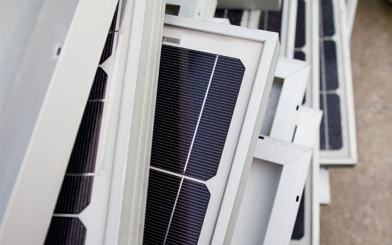 Esta-compania-solar-recicla-los-paneles-obsoletos-y-los-convierte-en-nuevos-9148