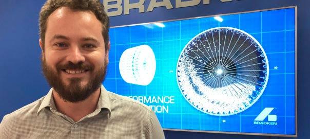 El director de investigación y desarrollo de Bradken, Reece Attwood.