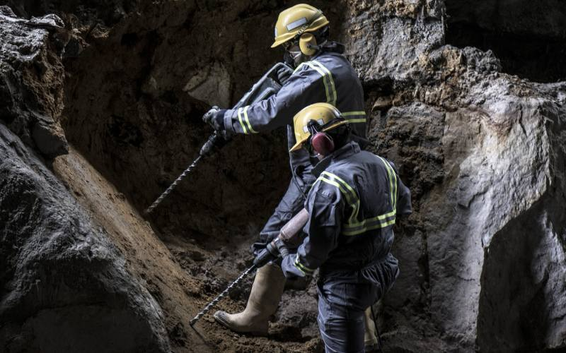 La minería debe ser un empuje para las comunidades: Quiroga